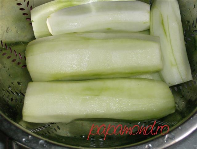 Castraveti pentru salata tzatziki